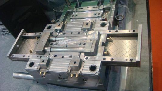 模具设计与制造,自主设计加工制造,产品来图来样,支持定制