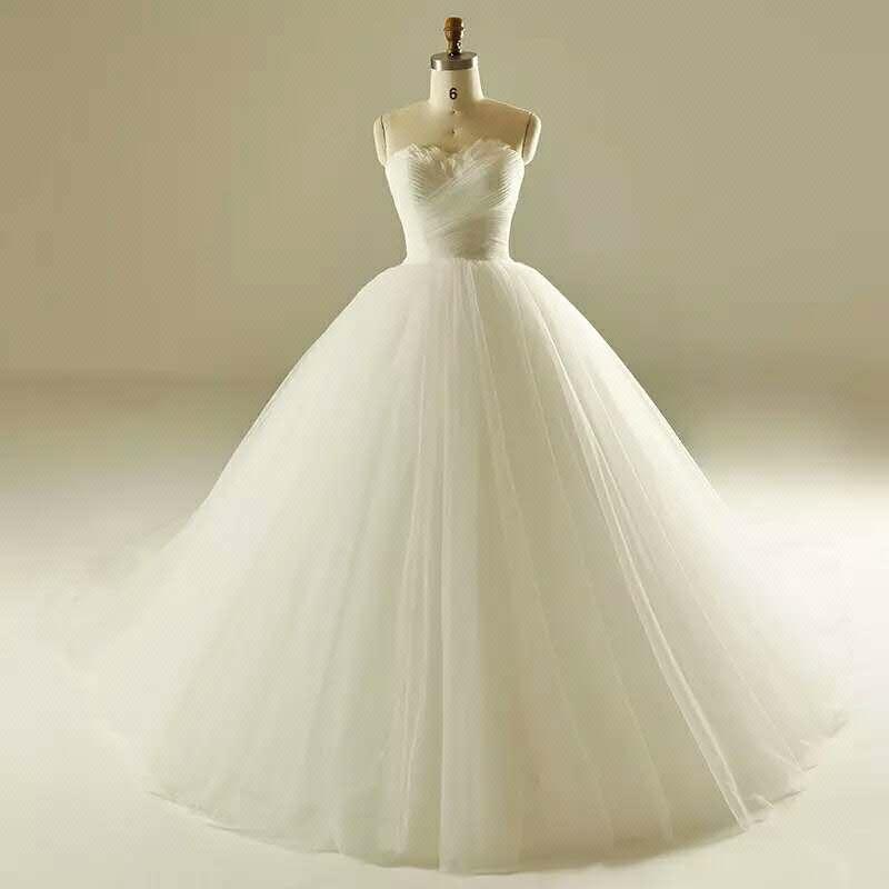 纯色婚纱礼服定制